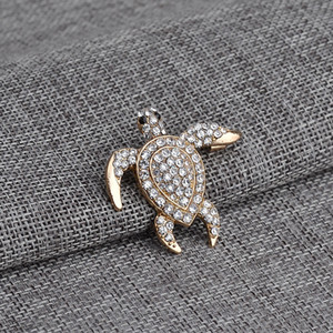 Bling Full Zircon Swimming Turtle Brooch Badge Collar Pin Jeans Sweater Brooches Chest Pin Silk Scarf Pins Breastpin Jesery Overcoat Jewelry
