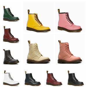 Autunno / Inverno 2020 Abbigliamento casual da lavoro Stivali British Fashion High Top Uomo e scarpe da donna Martin Pelle da uomo Versione coreana di mezzo