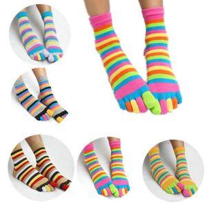 1 par de calcetines de rayas coloridas mujeres algodón Cinco dedo Toe transpirable Soft Rainbow Corto Sock Chicas Harajuku Streetwear Dropship