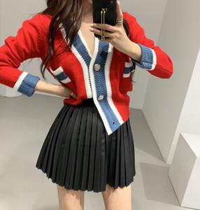 2021 Black Red Femmes tricoté Streetwear Pull Spring Automne Nouveau V-Cou Bouton Bouton Patchwork Short Sexy Sexy Slim Femelle Femelle Mode Vêtements de dessus