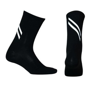 2020 New Highly Reflective Cycling Socks Men Women Breathable Bicycle Bike Socks Night Safety Outdoor Sport Running