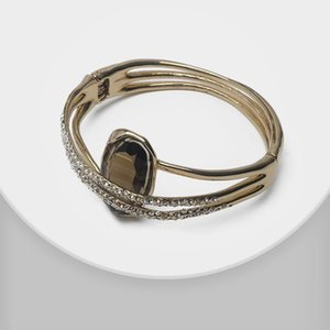Amorita boutique Shiny fashion magnet clasp design bangles