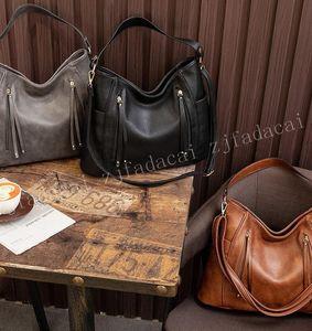 Neue hochwertige und modische frauen taschen neue frauen handtasche eine schulter kreuzkörpertasche große kapazität eine umhängetasche tasche