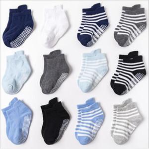 Детские носки Antislip Clue Baby Soking Cute Strpied Baby Foot Cover Boy Хлопковые лодки Носки малыша напольные носки Hosiery GWB3408