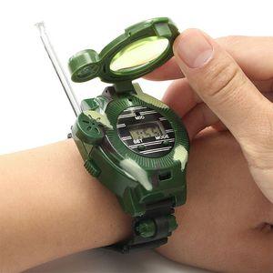 Walkie Talkies Guarnizione giocattoli per bambini 7 in 1 Camouflage Radios 2 vie Mini Walkie Talkie Interphone Clock Bambini Giocattoli intelligenti LJ201105