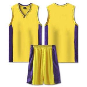 Hombres de verano Trajes de verano 2021 Nuevos shorts activos Dos piezas Conjuntos Números de moda en Front Off Sports Use Shorts transpirable T Shirts