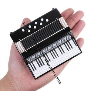 DH Miniatura Acordeón Replica Casa de muñecas Accesorios Accesorios Adornos Mini Instrumento Musical Decoración de Hogar Collection Regalos de Navidad LJ200908