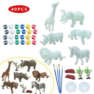 40Pcs Wild Animal Action Toy Figures Painting Kit Giraffe Elephant Lion Tiger Trees with Pigment Painting Model DIY Kids Toys