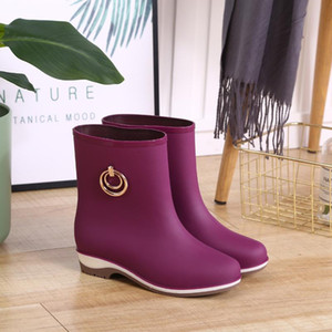 Rubber Boots Rain Shoes Women Mid Calf Waterproof Shoes Ankle Rainboots for Rain 2020 New Female Casual Fishing