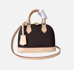 Sacs à main de luxe design Pursards Alma BB Sac Femmes Femmes Fourre-tout Toron Pattent Cuir Sac Shell Sac à bandoulière en cuir véritable