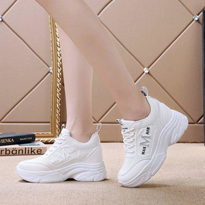 2019 new Versitile Fashion White Shoes Women's 2019 Autumn New Style Network Red Fire Thick Bottomed Extra High Students Casual Sports Sh