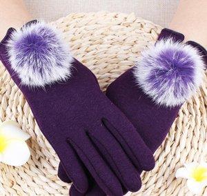 2020 Brand adi Retro Falcons Goalkeeper Gloves Wrapped wrist strap Professional Soccer Gloves Anti-slip Gloves-latex plam Sports Gloves 2333