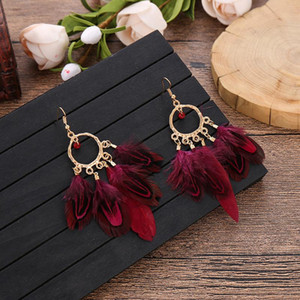 6 لون بوهو الأحمر ريشة إسقاط أقراط الأزياء والمجوهرات بيان غريبة استرخى eardrop القرط الذهب المعادن شرابة