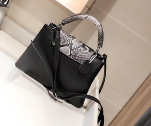 Tasarımcı lüks çanta çantalar taurillon çanta omuz çantaları bayanlar çapraz vücut çanta hakiki deri çanta cüzdan kaputları