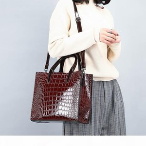 2020 Four Seasons New Womens Bag Shoulder Cross-Body Crocodile Different Size Bags Cool All-match Fashion Steamed Stuffed Bun