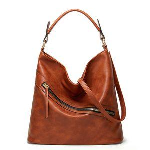 Valenkuci Oil Wax Leather Handbags Luxury Lady Hand Bags with Purse Pocket Women Messenger Bag Big Tote Sac Bols Q1129