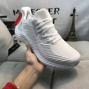 2021 Tasarımcı Alfabe Moda Erkek Kadın Koşu Ayakkabıları Beyaz Pembe Gri Alfabo Açık Eğitmenler Sneakers Boyutu 36-45