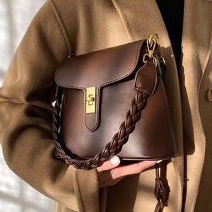 Weave Shoulder Strap Armpit Bag 2021 New High Quality PU Leather Women's Designer Handbags High Capacity Shoulder Messenger Bags