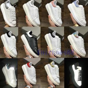 Sıcak Tasarımcı Ayakkabı Eğitmenler Yansıtıcı 3 M Beyaz Deri Platformu Sneakers Bayan Erkek Düz Rahat Parti Düğün Ayakkabı Süet Spor Sneakers
