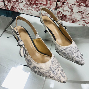 2021 Nuevo verano tacones altos carta arco nudo señora malla plana estilista zapatos mujer pista puntiaguda punta zapatos zapatos de tacón bajo sandalias de fiesta