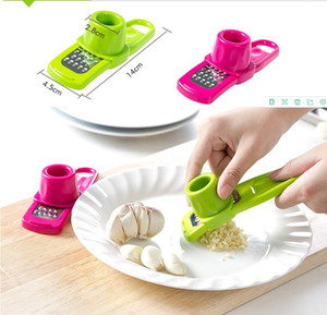 Multi Functional Ginger Garlic Grinding Grater Planer Slicer Cutter Cooking Tool Utensils Kitchen Accessories 2 Colors Free Shipping AHF3282