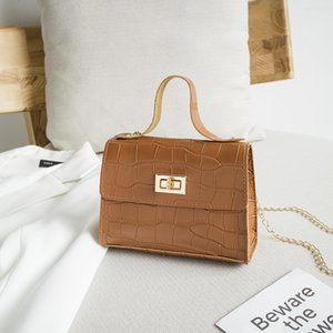Hot Sale Fashion PU Leather Shoulder Bag Women Vintage 2020 Cross body Bag Metal Chain Stone Pattern Small Square Handbag Messenger Bag