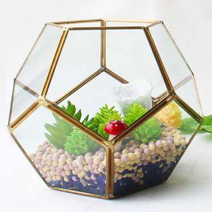 18*14cm New Miniature Glass Terrarium Geometric Diamond Desktop Garden Planter Football Style Greenhouse Succulent Plants Home Decor WX9-677