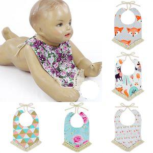 Bibs bibs ins شرابة الأزهار فوكس تجشؤ الملابس الرضع القطن الكرتون باندانا طفل الحيوان المطبوعة مناشف المثلث رئيس وشاح m3116