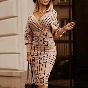 여성 V 넥 스트랩 기하학적 인쇄 슬림 하이 허리 슈즈 바디 콘 드레스 패션 캐주얼 파티 니트 드레스