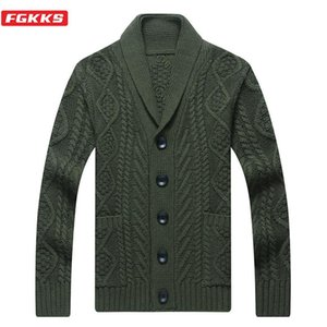 FGKKS Autumn New 2020 Men's V-neck Cardigan Sweaters Slim Solid Button Sweater Thin Waist Wool Coat Genuine Men Coat