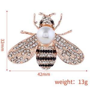 Wholesale-and American Fashion Cartoon Drop Oil Bee Insect Alloy Brooch Brassiere Garment Men and Women's Accessories Animal Scarf Button