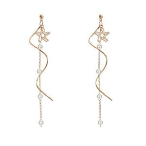 Boucles d'oreilles de personnalité Cinq étoiles pointues Chaîne simple Mode Cristal Bijoux Twist Woman Ear Saint Valentines Day Présent 3 3Rx K2