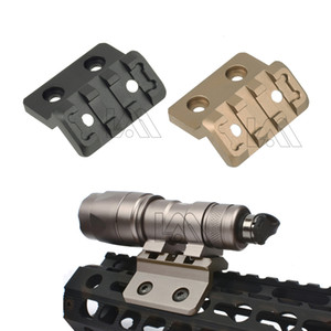 Weapon Light Offset Mount for Surefir M300 M600 M300V Series Mounted on Keymod and M-LOK Handrail Rail