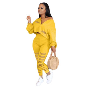 Lounge wear Zipper Hole Two Piece Set Women Fitness Streetwear Hoodie Crop Top with Leggings Bodycon Jogging Womens Set Outfits Y200824