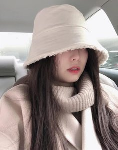 Hot Sale-Women Skullies 2020 Autumn and Winter New Cute and Warm Double-sided Wearing Furry All-match Women's Fisherman Hat