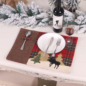 Natale Table Mats Heatproof panno da cucina pranzo Pad natale Plaid Elk albero di Natale Decorazione Placemat GWD2993
