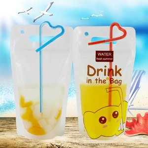 Gravure Printing Plastic clear transparent reusable and disposable stand up juice drink packing pouch bag with straw DHC1035