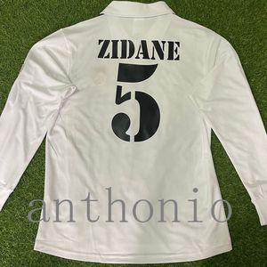 Top 2001/02 Retro Retaro Real Madrids Soccer Jersey Star Zidane 5 Raul 7 R.carlos 3 Figo 10 Ronaldo Redondo 2002 Camisetas de futbol Custom Tableau de football à manches longues Taille S-XXL