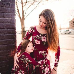 Sondr mãe e filha vestidos de vinho festa floral longo vestido mãe filha vestido família combinando roupas y200713
