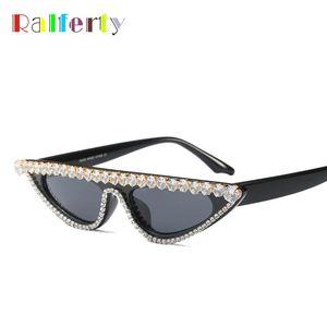 Ralferty Luxury Crystal Cat Eye Sunglasses Women Designer Small UV400 Sun Glasses Black Rhinestone Eyewear F97540