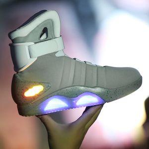 Вернуться к будущей Обувь Косплей Marty Mcfly Showekers Обувь Светодиодная Свет Света Света Tenis Masculino Взрослые Косплей Обувь Перезаряжаемая LJ201120