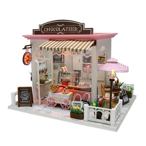 DIY Doll House Miniature Dollhouse With Furnitures Wooden House Miniaturas Toys For Children New Year Christmas Gift C&M 201217