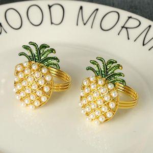 Gold-Silber-Ananas mit Perlen Serviettenring Hochzeit Feiertagsdekoration Familie Candlelight-Dinner Serviettenhalter DWD2947