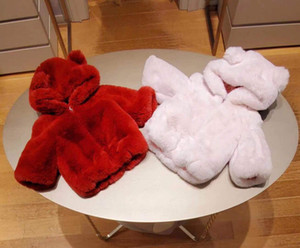 Новая девочка зимнее пальто мода шерстяное пальто младенческая девушка мультфильм кролика уши с капюшоном толщиной теплый ягненок плюшевая куртка