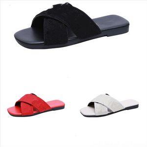 PtCot Designer di lusso Donne Pantofole Diapositive Delle Donne Flip flops Leather Womenshoes Metallo Lady Fashion Flat Beach Hausschuhe