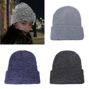 Mode Reflektierende Strickhüte Winter Ohrschutz Warm Helm Kappe Leuchthut Wollhut 3 Farbe Party Hüte XD24324