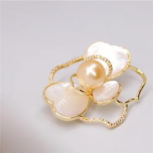 New bela pérola shell branco broche de flor