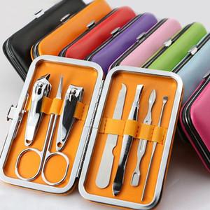 Tırnak Clippers Seti Makas Cımbız Bıçak Kulak Yardımcı Manikür Seti Paslanmaz Çelik Tırnak Bakımı Aracı Setleri 7pcs / Set HWB3024 almak
