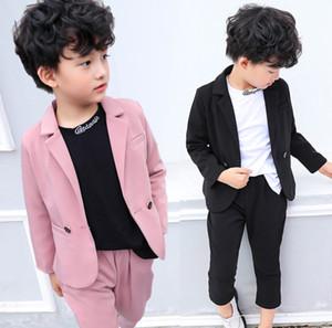 Мальчики Производительность Одежда Детские Розовые Отвороты Одиночная Кнопка Blazers Вершина + Упругие брюки Талии 2 шт. Устанавливает детские наряды на день рождения A5170
