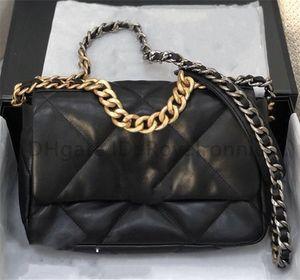 Clássico Designer senhora Moda 19 Crossbody Bag Carta de qualidade de alta qualidade Cadeias de prata de ouro Bolsas Mini FLAP quadrado Canal das mulheres Sacos de ombro